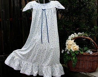 Nightgown-Size 10/ Girls, 100% Cotton-Knit, Wendy nightgown,Light Blue Gown,Butterflies//READY to SHIP//Visit shop for other available sizes