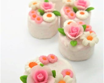 2 Miniature Polymer Clay Food Bakery for Dollhouse and Jewelry, 2.0 and 2.25 cm Mini Cake