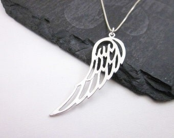 Silver Wing Pendant Necklace -- Silver Angel Wing Necklace -- Silver Wing Charm Necklace -- Guardian Angel Necklace -- Angel Necklace