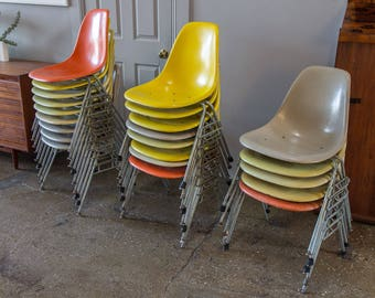 Lot of 22 Charles and Ray Eames Fiberglass Shell Chairs on Stacking Bas
