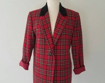 30% off// Vintage RED PLAID Contrasting Velvet Collar CLASSIC Blazer (s-m)
