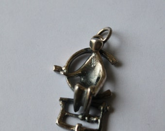 Vintage Scandinavian Modernist Jorma Laine Pendant, Kultateollisuus Ky, Sterling, Made in Finland