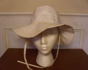 Vintage 1960's  White Vinyl Hat