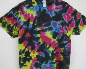 Tie Dye Unisex Size Large Fuschia Blue Yellow and Black