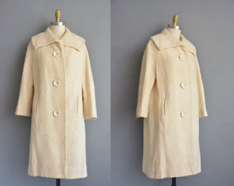 vintage 1950s coat. gorgeous 50s Lilli Ann cream wool vintage coat