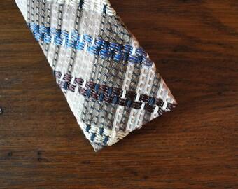 Skinny tie Mid Century plaid 1950s 1960s 50s 60s square end necktie