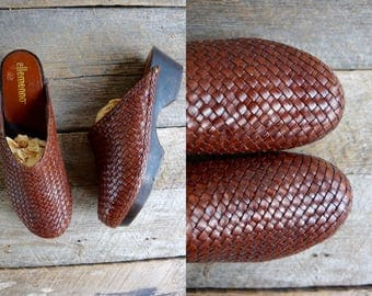 Platform Wood Clogs Sz 8  // Woven Leather Clogs  Sz 38.5  //  Wooden Mules  //  THE MAVEN