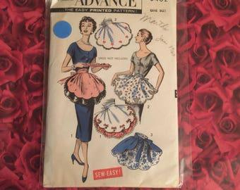 50's Vintage Petal Apron Sewing Pattern