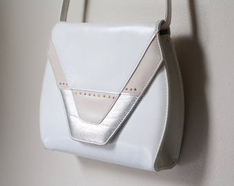 80's White Silver Pink New Wave Faux Leather Purse