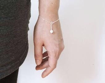 Dainty bracelet - sterling silver bracelet with howlite - semi precious stone - boho chic - delicate bracelet - silver 925 - gemstone