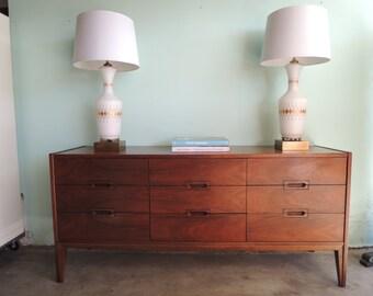 MID CENTURY MODERN 9 Dresser Dresser (Los Angeles)
