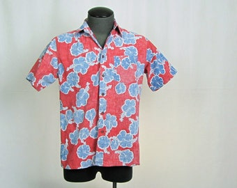 Vintage Men's Hawaiian Hibiscus Floral Red and Blue Weeds Cotton Shirt Medium