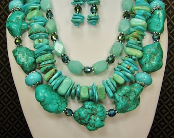 Western Chunky Cowgirl Necklace Set / Howlite Turquoise Triple Strand Jewelry Set / Statement Jewelry - TRIPLE TURQUOISE SPLENDOR