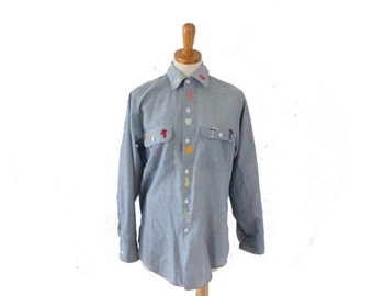 sale // VIntage 70s Embroidered Fruit Vegetable Big Mac Shirt // women M // chambray, blue, country