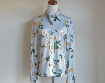 Vintage 70s Blouse, Collared Shirt, Button Down Blouse, Yellow Flowers, Long Sleeve Blouse, 1970s Pointed Collar, Blue Shirt, Medium