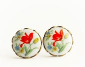 Red Tulip Posts, 1950s Japanese Round White Glass Cabochons with Red Tulip,Lace Edge Settings Post Earrings,Hollywood Hillbilly