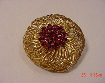Vintage Weiss Signed Red Rhinestone Filigree Brooch   16 - 676