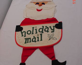Vintage Felt Christmas Santa Holiday Mail Decoration  17 - 685