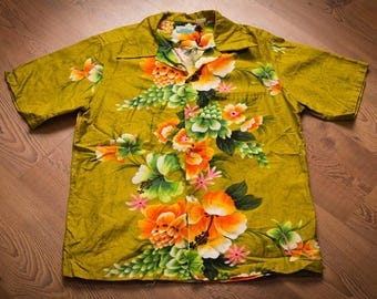 Penneys Hawaii Shirt, Green Hawaiian Luau, Vintage 60s-70s, Loud Floral Pattern, Tropical Flowers, Casual Button Up, Men's L/XL, JCPenney