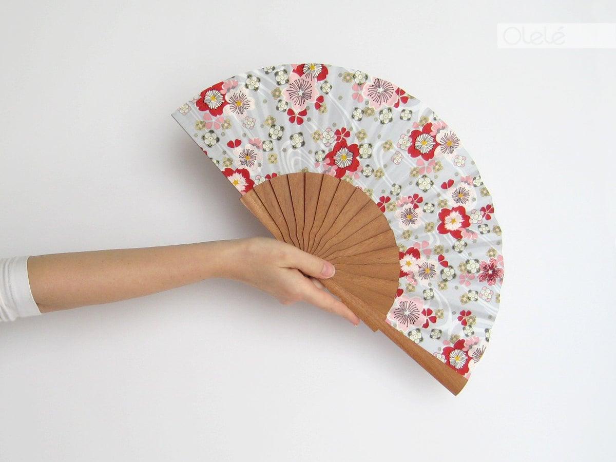 japanische sakura blumen f cher weiss und rosa rot wohn. Black Bedroom Furniture Sets. Home Design Ideas