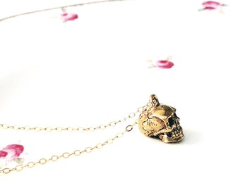 Skull necklace Gold skull necklace Skull jewelry Skull charm Gold skull pendant Skull pendant Small skull necklace Gift for her
