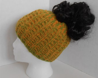 Messy Bun Ponytail Hat Knitted Multicolored Beanie Hats, Retro Fashion Accessories Handmade Gifts Winter Wool Hats