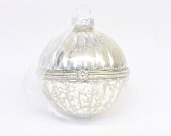 Opening Glass Bauble, Destash, Seconds, Glass Bauble, Opening Bauble, Christmas Bauble, Vintage Bauble, Christmas Decoration