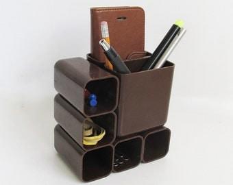 Mid Century Mod - Space Age Style Plastic Desk Organizer - Pencil Holder