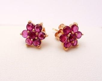 Vintage Ruby 14KT Yellow Gold Flower Stud Earrings