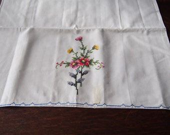 Pair PIllowcases Vintage Embroidery Cross Stitch Cotton Unused