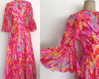 """1970's Psychedelic Hot Pink Chiffon Dress w/ Trumpet Sleeves Bell Sleeve Size XS 24"""" Waist by Maeberry Vintage"""