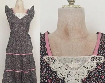 20% OFF 1970's Floral Print Ruffle Trim Vintage Hippie Prairie Dress Sz XS by Maeberry Vintage