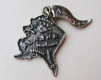 Vintage Charm Sterling Silver Alaska State Map Souvenir Bracelet Charm