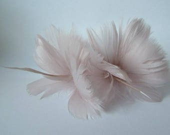 2 Oyster Feather Flowers