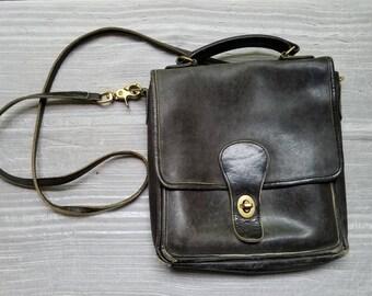 Vintage Coach Black Leather Purse Pocketbook Top HandleHandbag Bag Shoulder Strap Classic Distressed 1970s
