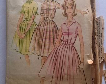 60s McCalls 5774 Pleated Shirtwaist Dress with Short Sleeves or Sleeveless Size 10 Bust 31