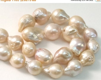 ON SALE 55% Baroque Pearls, Natural Fresh Water Baroque Pearls, Natural Pearls, Pearl Necklace, 10-18mm, 8 Inch, 14 Pcs - PGP356