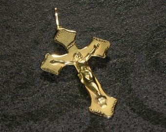 18k Yellow Gold Crucifix Cross pendant fine jewelry solid gold vintage antique Estate Jewelry