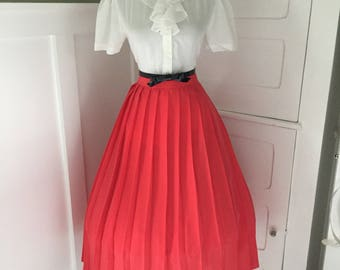 VINTAGE 60s 80s Poppy Red Accordion Swing Style Pleated Full Skirt