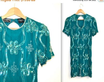15% OFF SALE 90s Vintage Flapper Inspired Sequin Dress size XS Small in Teal Blue// Vintage Beaded Dress in Blue Green