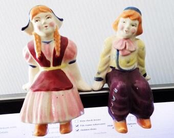 1940s -50s Made in Occupied Japan Ceramic Shelf Sitting Dutch Boy and Girl