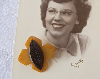 Vintage Bakelite Brooch Butterscotch and Chocolate 1940s
