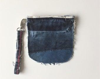 recycled denim wristlet - patchwork jeans wristlet - small jeans zipper clutch - upcycled blue cotton jeans clutch - eco friendly wristlet
