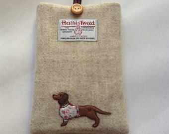 "Dachshund e-reader case, kindle paperwhite 6"", kindle voyage, kobo touch, kobo glo case, sleeve, oatmeal Harris Tweed fabric, dog lover"