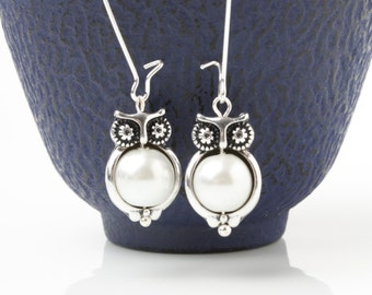 Owl Earrings, Owl Jewelry, Silver Owl Earrings, Owl Charm Earrings, Owl lover gift, Owl love you forever, gift for her, Christmas gift