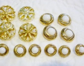 Gold ornate Button Lot,14 Beautiful buttons