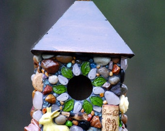 Outdoor hanging Mosaic Stone Birdhouse with Wine Corks Rose Quarzt stones, glass leafs, rabbit and nature theme unique birdhouse