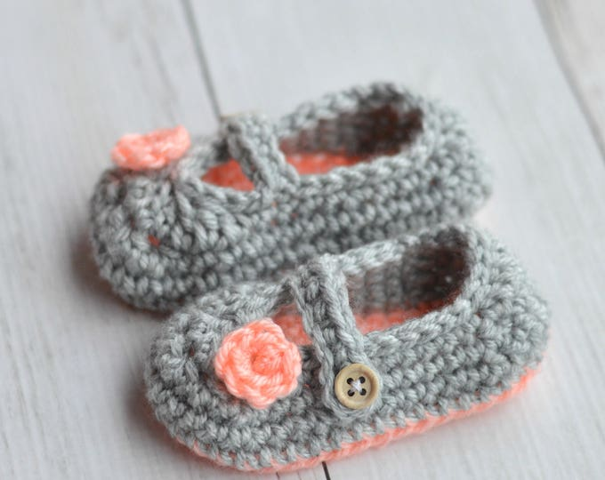 Two Toned Mary Janes Crochet Pattern DIGITAL PDF DOWNLOAD