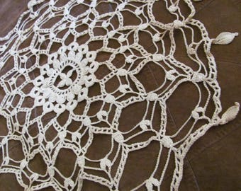 "Doily Handmade Vintage Crocheted Doily 13"" Inch Round (#39B)"