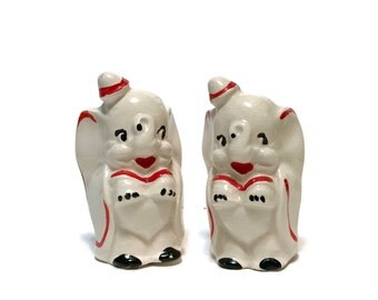 Vintage Walt Disney Dumbo the Elephant Salt and Pepper shakers c 1950, cold painted